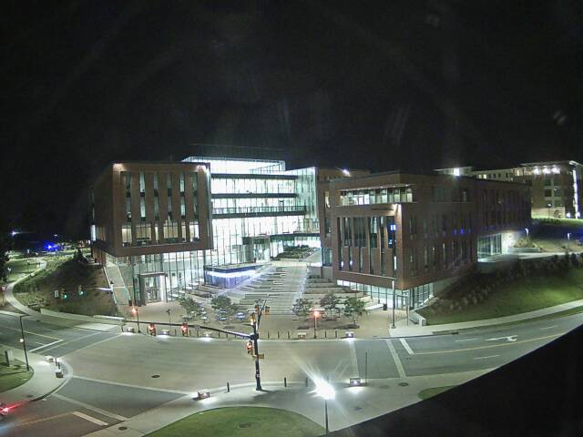 澳门188bet官网克莱姆森大学网络摄像头-商学院建设