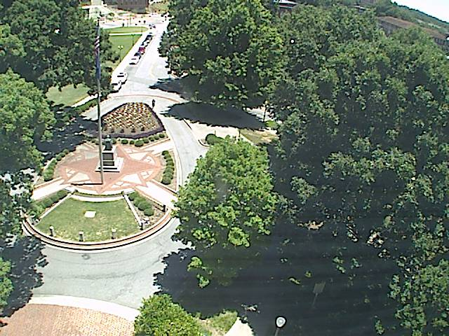 Clemson University Webcam - Gantt Circle - Old Main